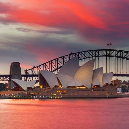 Hiring a Car in Sydney?